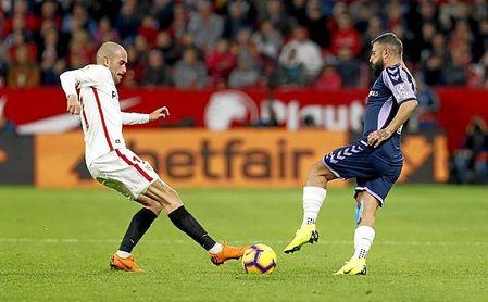Aleix Vidal es uno de los jugadores que debe procurarse un nuevo destino.
