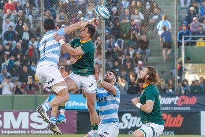 Sudáfrica venció con autoridad a los Pumas argentinos y se alzó con la corona