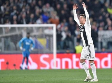 Cristiano vuelve a trabajar con el Juventus en una sesión sin Sarri