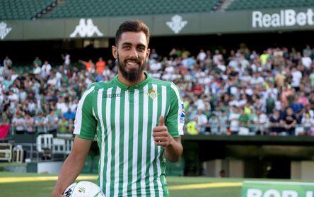 Borja Iglesias apunta a la 'Roja'