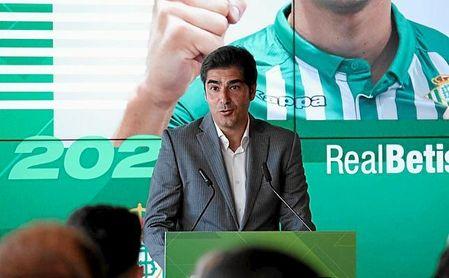 Haro confirma que el Betis llevaba muchos años tras Álex Moreno.