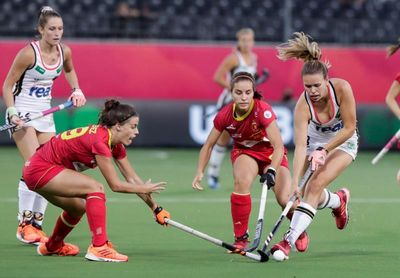 2-3. Un postrero gol condena a España a pelear por el bronce