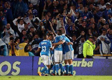 Millonarios vence 2-1 al Cali y asume el liderato del fútbol en Colombia