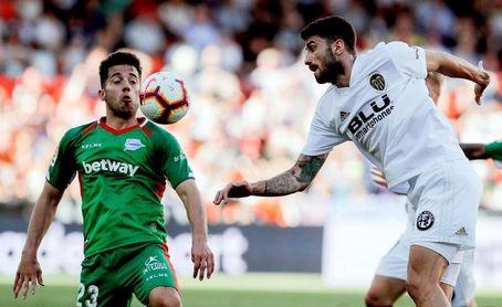 El Alavés acumula siete partidos consecutivos sin ganar en Mestalla