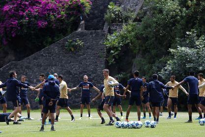 Los Pumas de Míchel golean al San Luis y suben al primer lugar en la Copa Mx