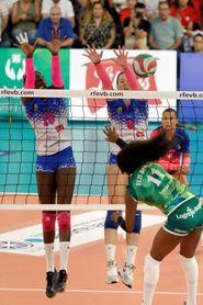0-3. May Deco Voleibol Logroño se adjudica el título ante el Sanaya Libby?s
