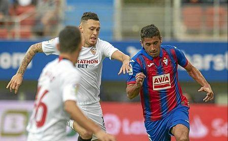 José Ángel 'Cote' dejó al Sevilla sin puntuar en Ipurua, con su golazo de falta directa.