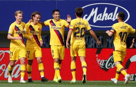 0-3 El tridente del Barcelona corta la racha del Eibar en Ipurua