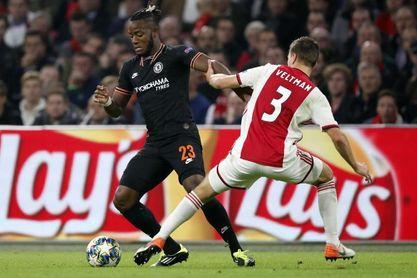 0-1. Batshuayi anula al Ajax