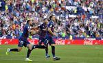 Radoja pasa de un año en blanco en Vigo a titular y goleador en el Levante