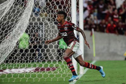 Un Flamengo imbatible buscará mantenerse en el liderato sin De Arrascaeta
