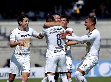 Santos Laguna derrota al Cruz Azul y se clasifica a la liguilla como líder