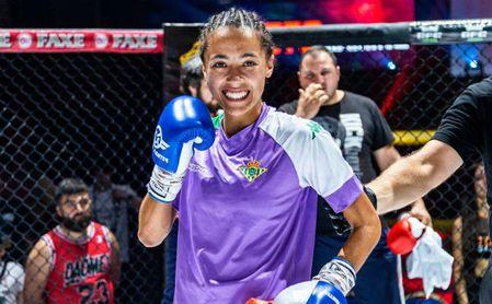 Lara Fernández, campeona de España y subcampeona del mundo en Muay Thai