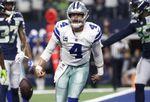 27-35. Prescott lanza para tres anotaciones en la victoria de los Cowboys