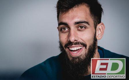Borja Iglesias, su falta de gol, el derbi, su adaptación al equipo...