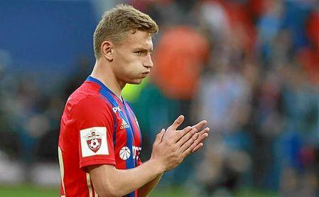El joven delantero del CSKA apunta a ser uno de los nombres del mercado.