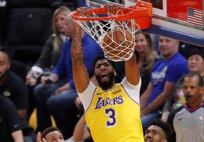 96-106. Davis y James lideran a victoria de los Lakers