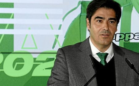 Haro respaldó a Andrés Guardado en el acto que oficializaba la renovación.