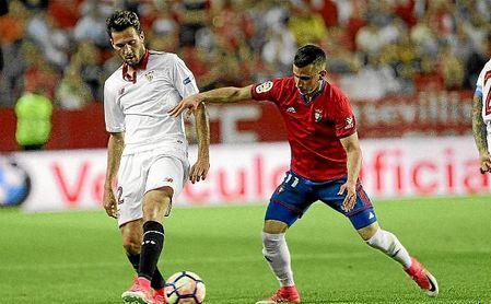 Mudo Vázquez y Berenguer, en el último Sevilla-Osasuna.