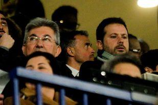 Luis Enrique asiste a su primer partido tras su regreso como seleccionador