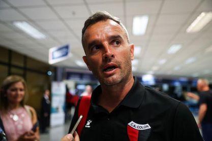 Independiente cayó con Banfield y Colón se quedó sin técnico