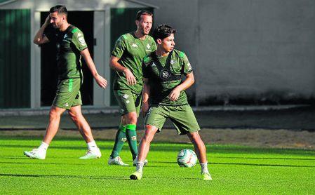 El Lyon se suma a la puja por Diego Lainez