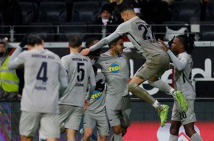 Sebastian Rode evita otra derrota del Eintracht