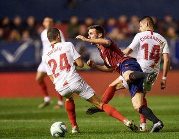 Pese a jugar con uno más media hora, el Sevilla no fue capaz de hacer el 1-2.