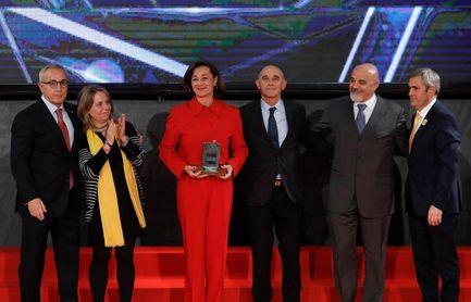 Chourraut, Joel González, Teresa Perales y Gómez Noya reciben Orden Olímpica