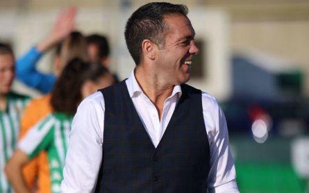 El nuevo entrenador del Real Betis Féminas habló en 'Área Chica' de Cadena COPE.