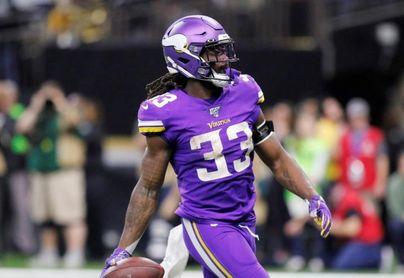 Cook y los Vikings podrían negociar extensión de contrato