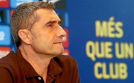 Valverde, con pie y medio fuera del Barcelona.