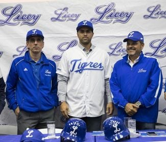 El técnico colombiano Luis Urueta asume la conducción del Licey dominicano