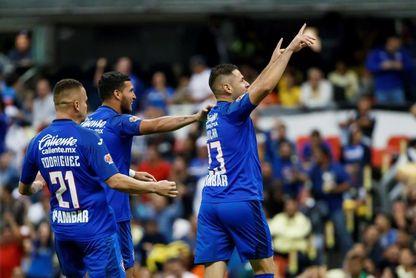 El paraguayo Aguilar recuerda que Cruz Azul no envidia a los otros equipos