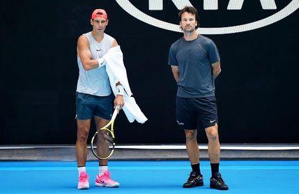 Nadal y Munar se entrenan en la Rod Laver Arena
