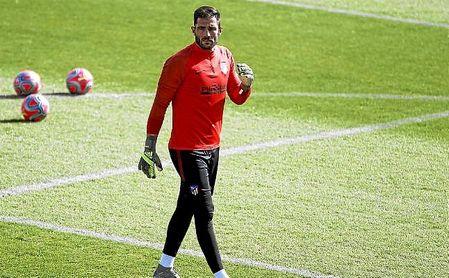 Adán, en un entrenamiento con el Atlético de Madrid.