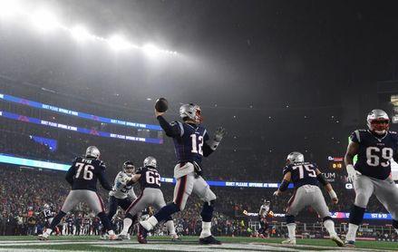Arians aclara que no quiso decir que Brady carece de poder con lanzamientos