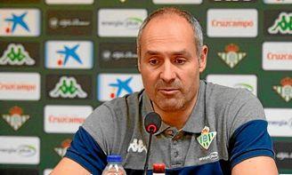 Curro Segura seguirá dirigiendo la nave verdiblanca la próxima temporada.