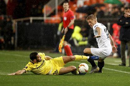 Villarreal y Valencia miden fuerzas en pos de la Liga Europa