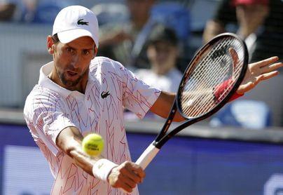 Djokovic emplea un aforismo para decir que las críticas no le hundirán