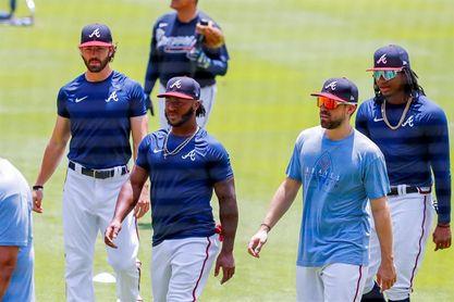 El coronavirus ataca a cuatro jugadores de los Bravos a tres semanas de la nueva temporada