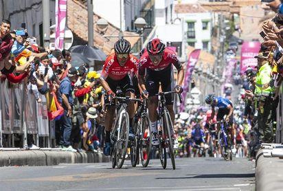 Egan y Nairo encabezarán el domingo el 'Vuelo del deporte' colombiano a Madrid