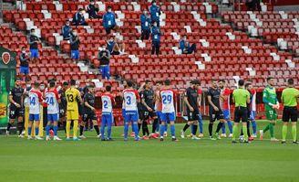 0-1, El Huesca gana en El Molinón y se proclama campeón de Segunda división