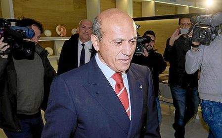 Del Nido intenta hacerse con el Sevilla con el apoyo americano.