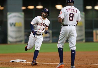 8-2. Atuve y Correa jonronean en el triunfo de los Astros sobre los Diamondbacks