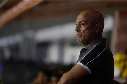 El Santos despide al entrenador portugués Jesualdo Ferreira