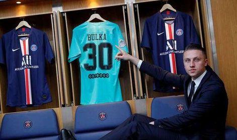El nombre de Marcin Bulka sigue sobre la mesa de Cordón