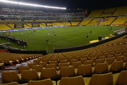 Barcelona tambalea ante Guayaquil City y Liga de Quito sale avante en Ecuador