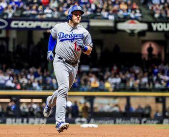 7-4. Muncy jonronea y marca la victoria de los Dodgers