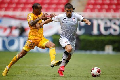 El colombiano Quiñones, principal socio en México del goleador francés Gignac